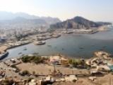 احتجاجات في عدن على انقطاع المياه والشرجبي يبشر بحلول عاجلة