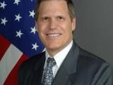 السفير الأميركي يلوح بتحرك دولي ضد الحوثيين