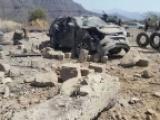 مقتل 4 مدنيين بينهم امرأة ومصور إعلامي واصابة آخرين في قصف صاروخي للميليشيا بتعز
