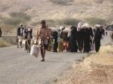نزوح أهالي جنوبي الحديدة جراء القصف الحوثي ولغم من مخلفات الحرب يقتل امرأة