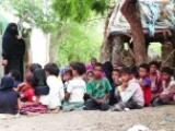 مُعلمة يمنية تحول منزلها إلى مدرسة للاطفال